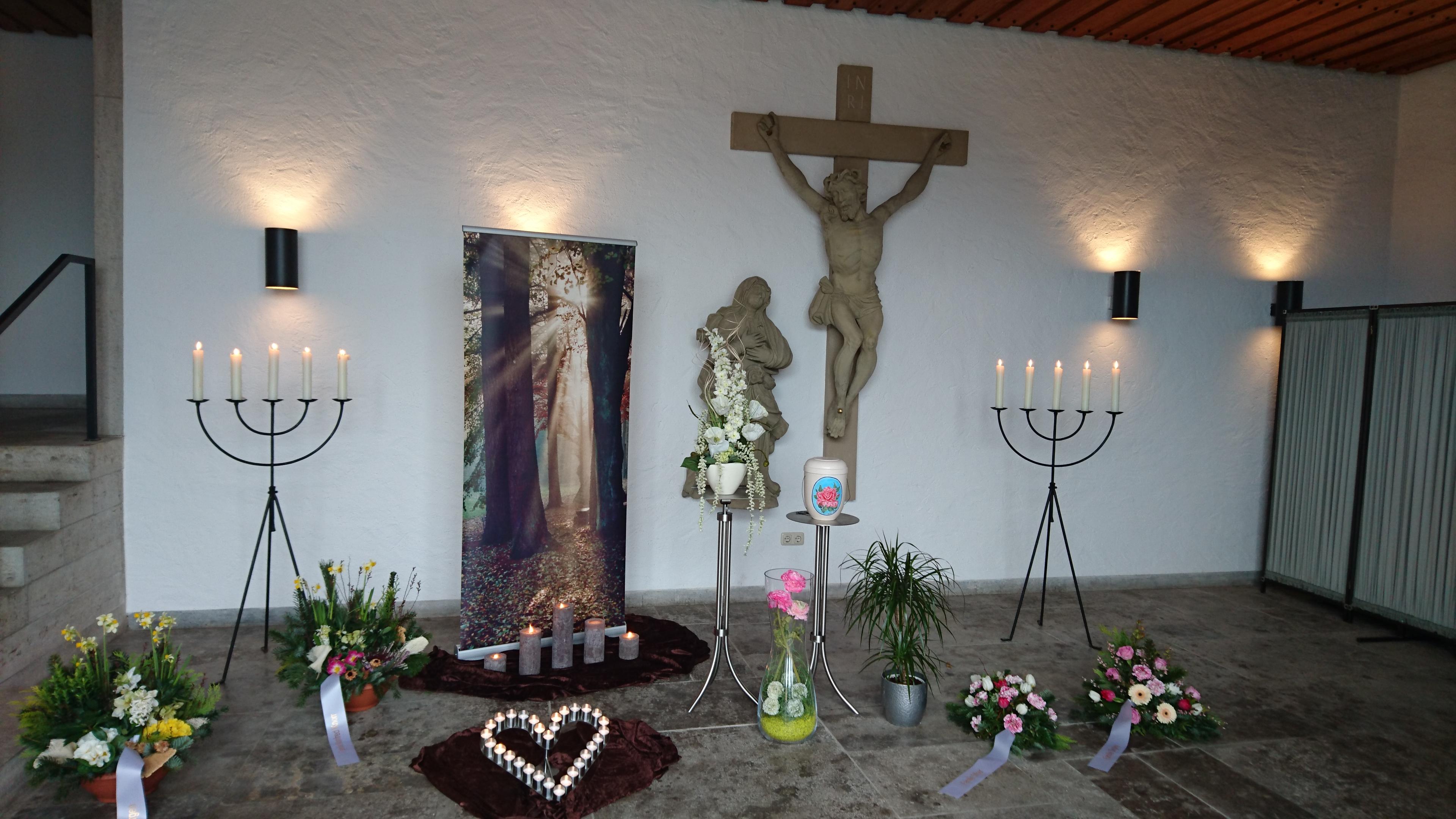 Trauerhalle Friedhof Eibelstadt